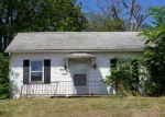 Foreclosed Home in Hamilton 62341 1421 OAK ST - Property ID: 4249622