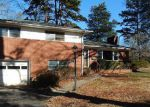 Foreclosed Home in Charlotte 28215 5357 RUTH DR - Property ID: 4252964