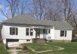 Foreclosed Home in Jonesboro 62952 209 E HEACOCK ST - Property ID: 4261456