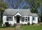 Foreclosed Home in Chattanooga 37404 3005 PEGGY LN - Property ID: 4264682