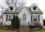 Foreclosed Home in Chicago 60655 10721 S WHIPPLE ST - Property ID: 4268428