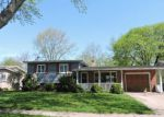 Foreclosed Home in Elgin 60120 880 FORD AVE - Property ID: 4274653