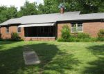 Foreclosed Home in Florence 35633 150 AMLETT RD - Property ID: 4279004