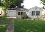 Foreclosed Home in Houston 77023 7603 AZALEA ST - Property ID: 4281237