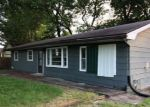 Foreclosed Home in Carbondale 62901 326 S HANSEMAN ST - Property ID: 4282618