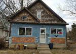 Foreclosed Home in Olney 62450 616 E YORK ST - Property ID: 4283416