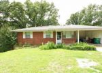 Foreclosed Home in North Little Rock 72118 502 W SCENIC DR - Property ID: 4287047