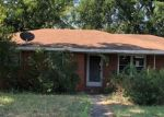 Foreclosed Home in Weatherford 76086 1316 E BANKHEAD DR - Property ID: 4287794