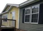 Foreclosed Home in Newland 28657 55 JIM DANIELS LN - Property ID: 4288367