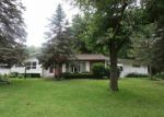 Foreclosed Home in Waterloo 50701 3931 OAK PARK CIR - Property ID: 4288993