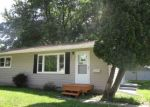 Foreclosed Home in Waterloo 50703 1612 ACKERMANT ST - Property ID: 4288999