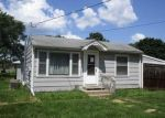 Foreclosed Home in Cedar Falls 50613 1103 LANTZ AVE - Property ID: 4289002