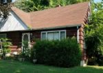 Foreclosed Home in Anna 62906 208 W LEWIS ST - Property ID: 4289189