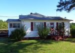 Foreclosed Home in Gatesville 27938 40 HALL LN - Property ID: 4290697