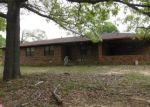 Foreclosed Home in El Dorado 71730 171 SMOKEY RD - Property ID: 4292748