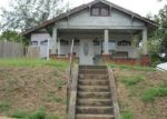 Foreclosed Home in Sheffield 35660 1009 DOVER AVE - Property ID: 4292860