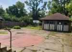 Foreclosed Home in Cincinnati 45219 343 EARNSHAW AVE - Property ID: 4294536
