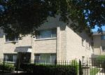 Foreclosed Home in Chicago 60625 5543 N CAMPBELL AVE APT 1B - Property ID: 4295463