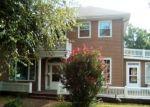 Foreclosed Home in Vandalia 62471 920 N 5TH ST - Property ID: 4295481
