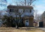Foreclosed Home in Southfield 48033 21779 NEGAUNEE ST - Property ID: 4296225