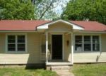Foreclosed Home in Berryville 72616 204 ADA AVE - Property ID: 4296299