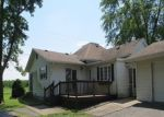 Foreclosed Home in Du Quoin 62832 1287 OLD DUQUOIN RD - Property ID: 4297054