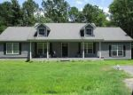 Foreclosed Home in Bonneau 29431 130 DAWSEY DR - Property ID: 4299101