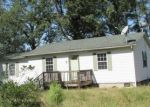 Foreclosed Home in Dunn 28334 118 MA KITCHEN RD - Property ID: 4299110