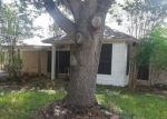 Foreclosed Home in Victoria 77904 220 RIDGE DR - Property ID: 4299723