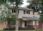 Foreclosed Home in Southfield 48076 27445 BERKSHIRE DR - Property ID: 4301319