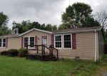 Foreclosed Home in Christopher 62822 803 E MAIN ST - Property ID: 4301938