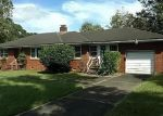 Foreclosed Home in Georgetown 29440 2004 SEITTER ST - Property ID: 4303351