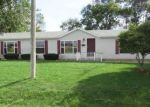 Foreclosed Home in Papineau 60956 208 E CORNELL ST - Property ID: 4305373