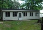 Foreclosed Home in Prudenville 48651 112 COTTAGE DR - Property ID: 4306598
