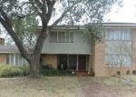 Foreclosed Home in Brenham 77833 407 E LUBBOCK ST - Property ID: 4307259