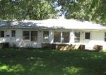 Foreclosed Home in Farmington 61531 473 S APPLE ST - Property ID: 4307794