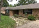 Foreclosed Home in Dallas 75238 9642 FERNDALE RD - Property ID: 4308936