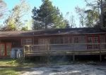 Foreclosed Home in New Bern 28562 175 WOODS CIR - Property ID: 4309020