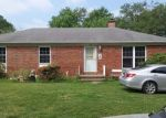 Foreclosed Home in Herrin 62948 439 PARK LN - Property ID: 4309171
