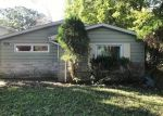 Foreclosed Home in Waukegan 60087 10807 W EDGEWOOD RD - Property ID: 4309617