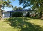Foreclosed Home in Milan 61264 1519 116TH AVE - Property ID: 4309657