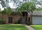Foreclosed Home in Pearland 77581 2409 GOLFCREST DR - Property ID: 4310135