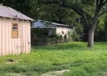 Foreclosed Home in Seguin 78155 519 JONES AVE - Property ID: 4311587