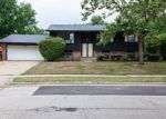 Foreclosed Home in Bloomington 61704 105 S BAYBERRY CT - Property ID: 4312545