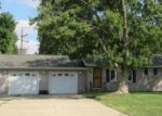 Foreclosed Home in Mt Zion 62549 940 WOODLAND DR - Property ID: 4312804