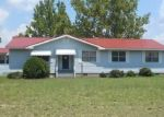 Foreclosed Home in Laurinburg 28352 4941 STATE LINE RD - Property ID: 4312885