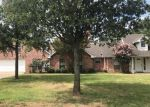Foreclosed Home in Denison 75020 622 LAKEWOOD RD - Property ID: 4313577