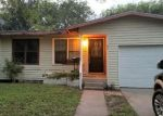 Foreclosed Home in Kingsville 78363 211 E FAIRVIEW DR - Property ID: 4315247