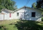 Foreclosed Home in Victoria 77901 3009 GAYLE ST - Property ID: 4316646
