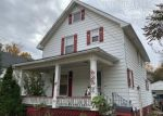 Foreclosed Home in Owosso 48867 625 N HICKORY ST - Property ID: 4318644